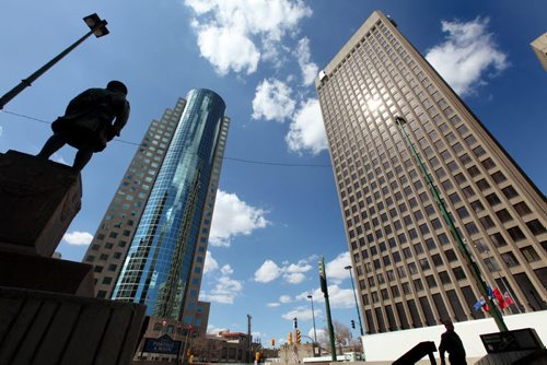 View of Portage and Main northward looking up at 201 Portage Ave. and the Richardson Building.  Photo taken from ground level at the Bank of Montreal on Main and Portage.  .See Bart Kives Story.  Photography Ruth Bonneville Ruth Bonneville /  Winnipeg Free Press)
