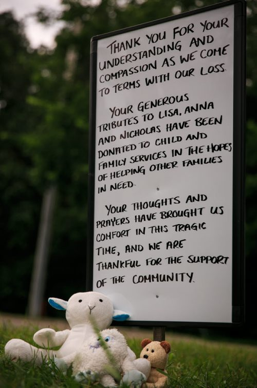 The memorial of stuffed animals and personal notes near Lisa Gibson's family home in Westwood has been replaced with a hand written sign thanking the community for their support. 130801 - Thursday, August 01, 2013 - (Melissa Tait / Winnipeg Free Press)