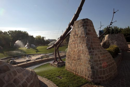 49.8. The urban landscape architecture Oodena , celebration circle at The Forks.  Mary Agnes Welch is focusing on five examples of where it works well in Winnipeg and one wasted opportunity  Wayne Glowacki / Winnipeg Free Press Aug. 28 201