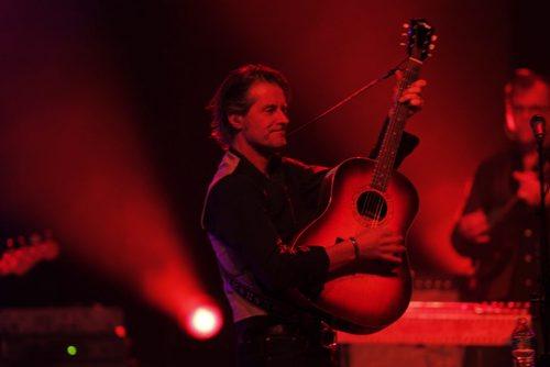 BLUE RODEO AT MTS CENTRE - Jim Cuddy performs to the crowd. BORIS MINKEVICH / WINNIPEG FREE PRESS. JAN 23, 2014