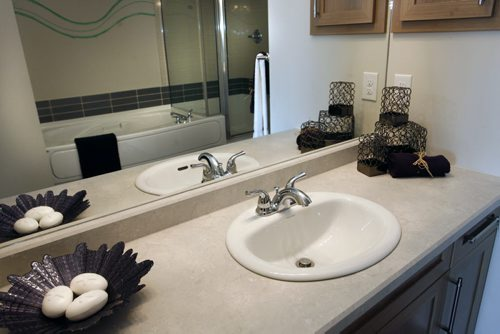bathroom mirrors winnipeg the winnipeg free press 11173