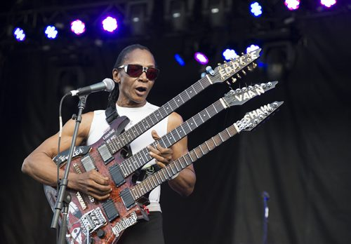 Eddie Shaw performs at Bluesfest on Saturday at Shaw Park. Sarah Taylor / Winnipeg Free Press August 16, 2014