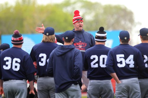 Rick Forney the Goldeyes' manager talks to the players during Spring Training at Shaw Park Saturday.  May 09, 2015 Ruth Bonneville / Winnipeg Free Press