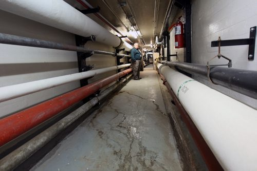 Manitoba Legislature and surrounding infrastructure tour- in the under ground tunnel between the Manitoba Legislature and nearby power plant- The tunnel needs to be checked for integrity as it is near 100 years old-See Bruce Owen Manitoba Legislature maintenance feature- Sept 14, 2015   (JOE BRYKSA / WINNIPEG FREE PRESS)