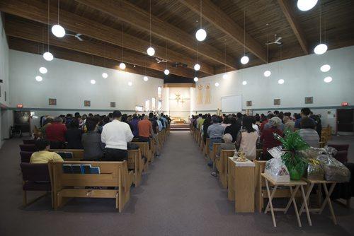 DAVID LIPNOWSKI / WINNIPEG FREE PRESS  Mass led by Rev. Enrique Samson at St. Peter's Roman Catholic Church Saturday, May 7, 2016. The church will be breaking ground on Sunday May 15, 2016 for a new $35 M parish complex.