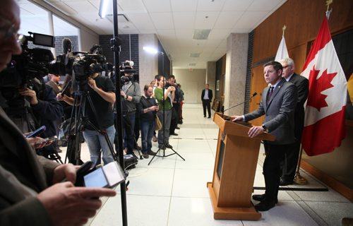 RUTH BONNEVILLE / WINNIPEG FREE PRESS  Winnipeg Mayor Brian Bowman talks to the media about allegations against former mayor Sam Katz and Sheegl over compensation for the new Police HQ construction. See Aldo Santin story.    Jan 26, 2017