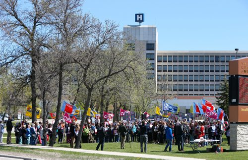 WAYNE GLOWACKI / WINNIPEG FREE PRESS  About 200 took part including members of numerous unions standing in solidarity with staff at a noon rally to save the Victoria General Hospital ER Thursday in front of hospital. It was announced the Victoria General Hospital emergency department will transition to an urgent-care centre to handle serious, but not life-threatening cases.May 18 2017