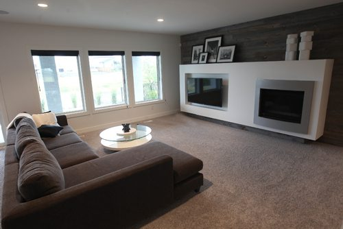 JOE BRYKSA / WINNIPEG FREE PRESS18 Camira Way- a Maric Home in Ridgewood West- Basement development .Aug 21, 2017 -( See Todd Lewys  story)