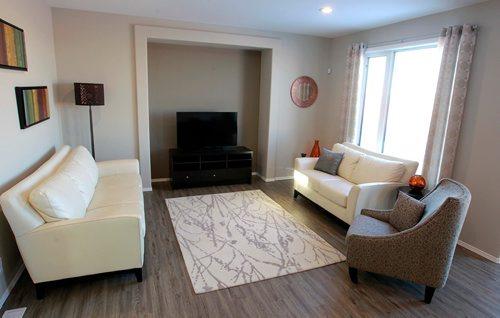 BORIS MINKEVICH / WINNIPEG FREE PRESS NEW HOMES - 139 Castlebury Meadows Drive. Living room. TODD LEWYS STORY  Feb. 12, 2018