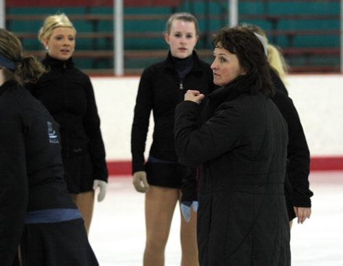 Brandon Sun Coach Tammy Fournier speaks to members of the Wheat City ConnXions synchronized skating team, Monday evening. (Colin Corneau/Brandon Sun)